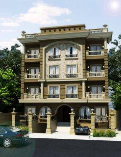 شقة بأميز موقع بالتجمع على شارع رئيسي أمام قطامية جاردنز مباشرة