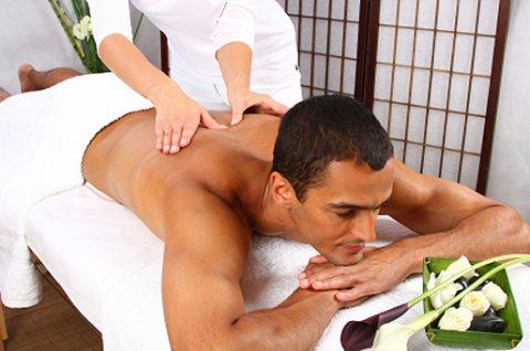 طرق عصرية لأحدث مساج و حمام مغربى مع متخصصات 01282658924
