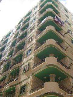 شقة سوبر لوكس على المفتاح ورؤية للبحر ثالثة نمرة ادفع 5000 شقة 7
