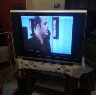 تلفزيون  بحاله ممتازة للبيع