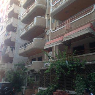امتلك شقة رابع عمارة علي البحر بشاطىء النخيل ( 6 اكتوبر )
