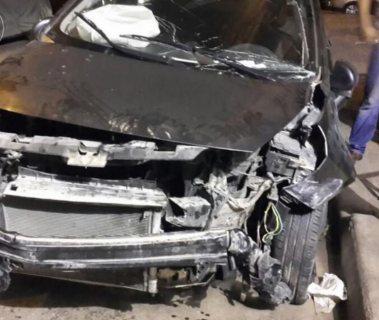 سيارة كيا ريو 2013 معطوبة وعاملة حادثة