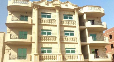 شقه للبيع في الشيخ زايد بالتقسيط 100متر استلام فوري