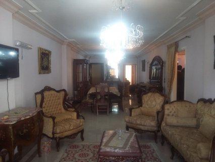 شقة رائعة للبيع بزيزينا تشطيب ألترا سوبر لوكس .. شارع عبد السلام