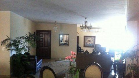 شقة للبيع بسموحة شارع فوزى معاذ مساحتها 286 م