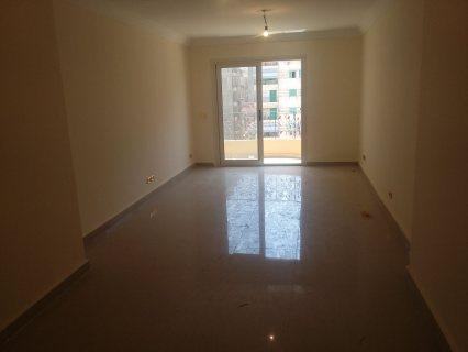 شقة للإيجار ببولكلى مساحتها 140م .. أول سكن .. تشطيب سوبر لوكس