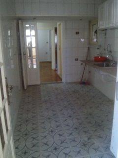 شقة للإيجار بكفر عبده مساحتها 200 م ، تشطبيب سوبرلوكس حديث