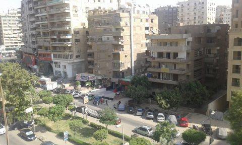 للبيع  شقه بشارع البطراوي من عباس العقاد مدينة نصر250م