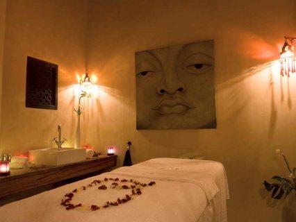 Massage quiet and fun .  ..   .  ..  01005850372