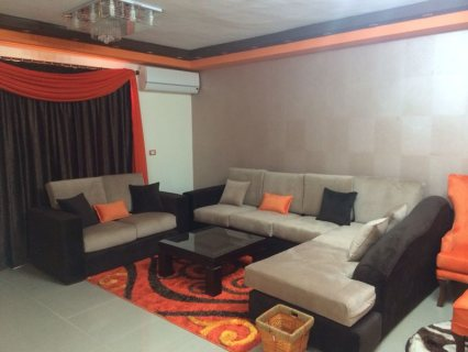للايجار شقة مفروشة بحي السفارات 700ج لليوم