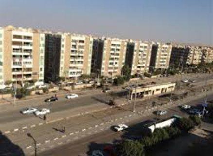 01111498783 للايجار شقة في شيراتون هليوبليس الشارع الرئيسي 150م