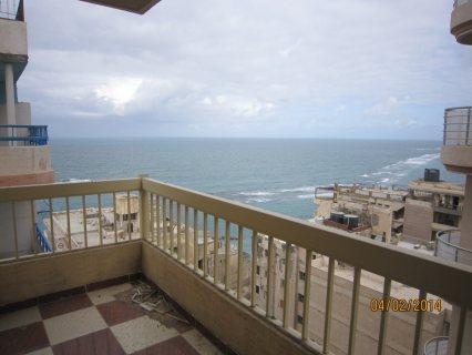 شقة مميزة بميامى على البحر برج جديد مساحتها 110م تشطيب هاى لوكس