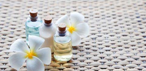 Aroma Massage.    ..   .. sessions    01005850372