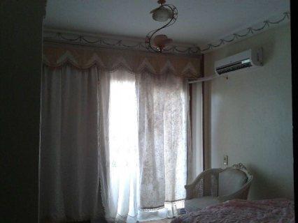 شقة للايجار مفروشة و مكيفة بالشيخ زايد 2500 جنية