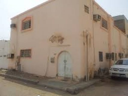 بيت قديم 3 ادوار مساحة 127 متر بالاسماعيلية