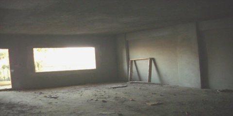 شقة تمليك مساحة 120 متر 3 غرف وصالة  نص تشطيب