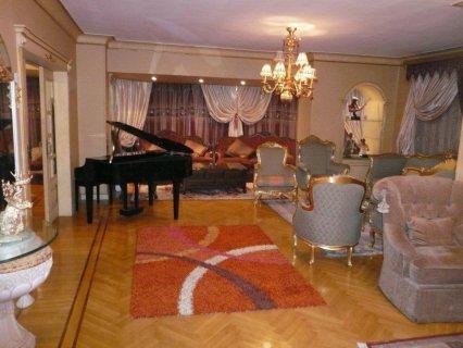 شقة مفروشة فاخرة جدا باول عباس للايجار 700ج اليوم