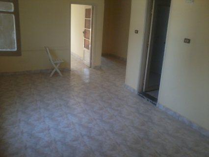 شقة تمليك بشارع الدرى الرئيسى متفرع من شارع النيل 170 متر