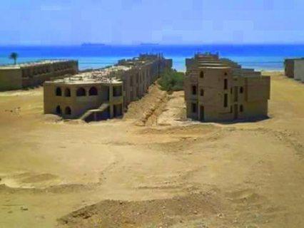 شاليه65 متر يطل على  البحر فى قريه مراسى راس سدر