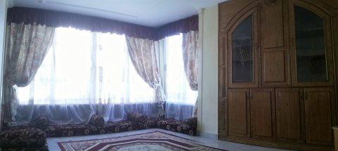 للعرب والأجانب شقة سوبر لوكس مفروشة - خطوات من ش عباس العقاد