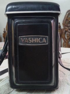 كاميرا yashica-d
