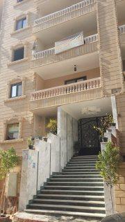 شقة للبيع بحدائق الاهرام موقع متميز جدا مساحة 147 متر2