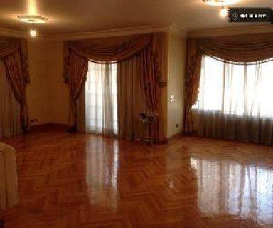 شقة ايجار جديد سكن مساحه٢٥٠ مترصافي بالتكيفات والمطبخ لاعلي مستو