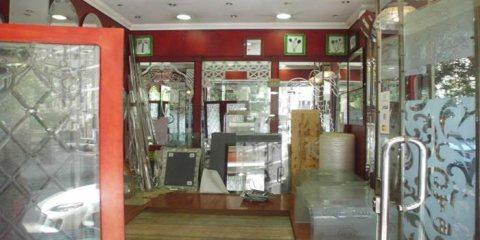 محل للبيع اولا يجاربشارع سُوَريا الريئسي يصلح للبنوك والتوكيلات