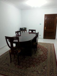شقة مفروشة للايجار بطريق النصر 300ج اليوم