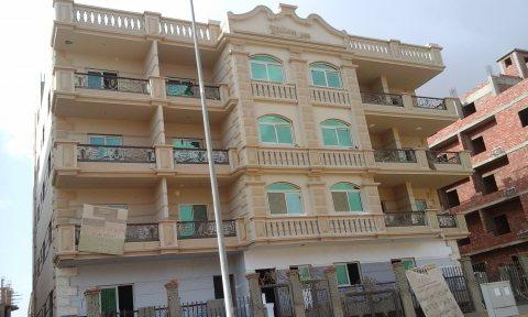 شقة للبيع 239م بالشيخ زايد بسعر مغرى