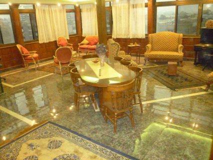 بالتسهيلات للبيع الإستثماري شقة و روف ب م.نصر ممكن يدرا 7000شهري