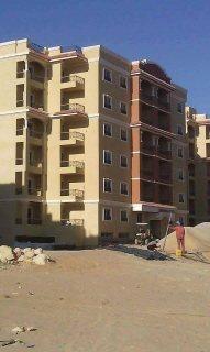 شقة للبيع 3 غرف  بالتجمع 3 دقايق من ال90 ب360000جنية 01280001712