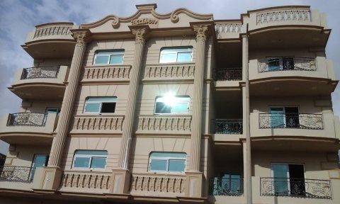 شقة 172 م للبيع بالشيخ زايد