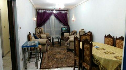 -=شقة مفروشة قريبة من طريق النصر للايجار