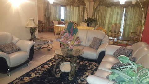 =\شقة مفروشة قريبة من ستارز وسنتر مدينة نصر للايجار