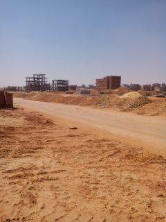 أرض 420 متر بالتوسعات الشمالية واجهة بحري علي الشارع الرئيسي
