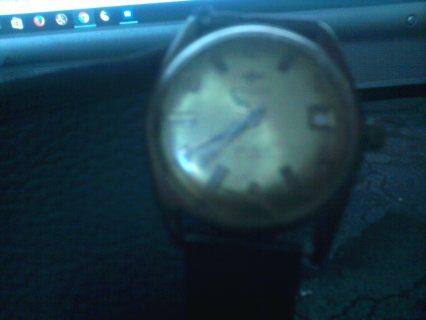ساعة جوفيال قديمة