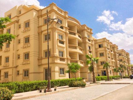 شقة للبيع بكومبوند الفردوس 145 متر