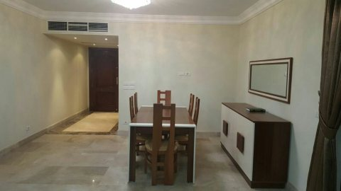 ``شقة مفروشة على ارقى مستوى داخل كمبوند للايجار