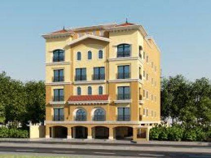 شقة ارضي بحديقة بموقع مميز جدا بكمبوند البستان بمدينة السادس من