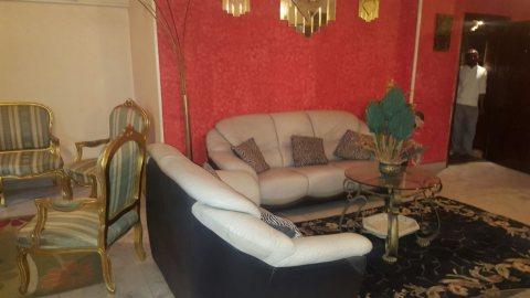 \- شقة مفروشة قريبة من ستارز وسنتر مدينة نصر للايجار