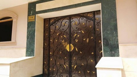شقة 135م بالروف (3 غرف) بالمقطم الهضبة الوسطى أمام نفق كارفور