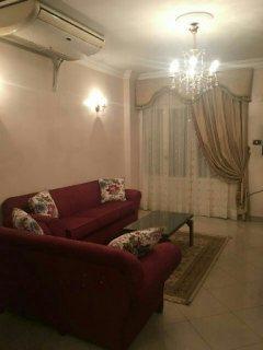 للتميز والفخامة شقة مفروشة للايجار بجوار الحديقة الدولية6000ج