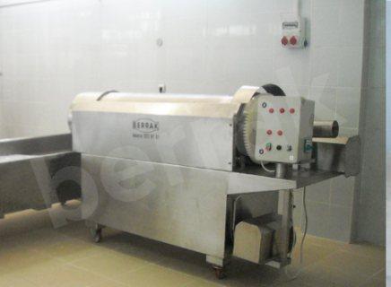 ماكينات خاصة بخطوط انتاج الالبان و الاجبان
