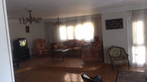 شقة مفروشة   للايجار قريبه من السراج مول 6500 جنيه للشهر