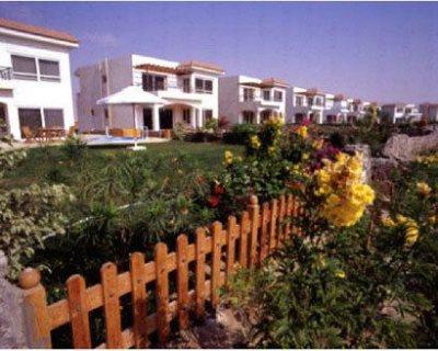 شاليه 3 غرف صف اول عالبحر فى قرية باراديس راس سدر