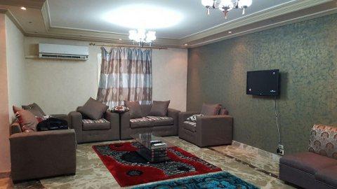 شقة مفروشة للايجار بعباس العقاد  650 جنيه لليوم