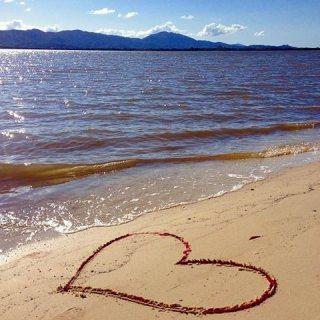 استمتع بالراحة عالبحر و افتخر باحلا شاليه في الساحل الشمالي