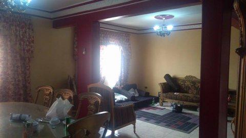 شقة للبيع في المهندسين بتفرع من احمد عرابي سوبر لوكس