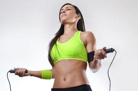 فوائد تمارين نط الحبل الصحية والمدهشة لتقويه الجسم